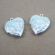 5Pcs 19mm flower engraved vintage brass silver heart photo locket charm 1132006