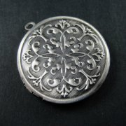 5pcs 32mm round brass antiqued silver vintage engraved photo locket,retro photolocket 1113010