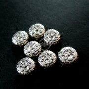 50pcs 7mm vintage antiqued silver flower engraved flat alloy beads DIY beading supplies 3993015