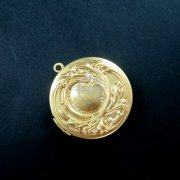 5pcs 32mm flower engraved round raw brass color antiqued photo locket pendant charm DIY supplies findings 1110019