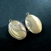 5Pcs 16*21MM vintage bronze oval horse engraved photo locket,vintage brass photolocet 1121036