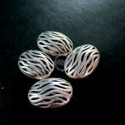 20pcs 13x18mm vintage antiqued silver water flow engraved oval alloy beads DIY beading supplies 3993012