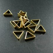 20pcs 8x2.2mm vintage style raw brass triangle DIY pendant charm wire supplies findings 1800201